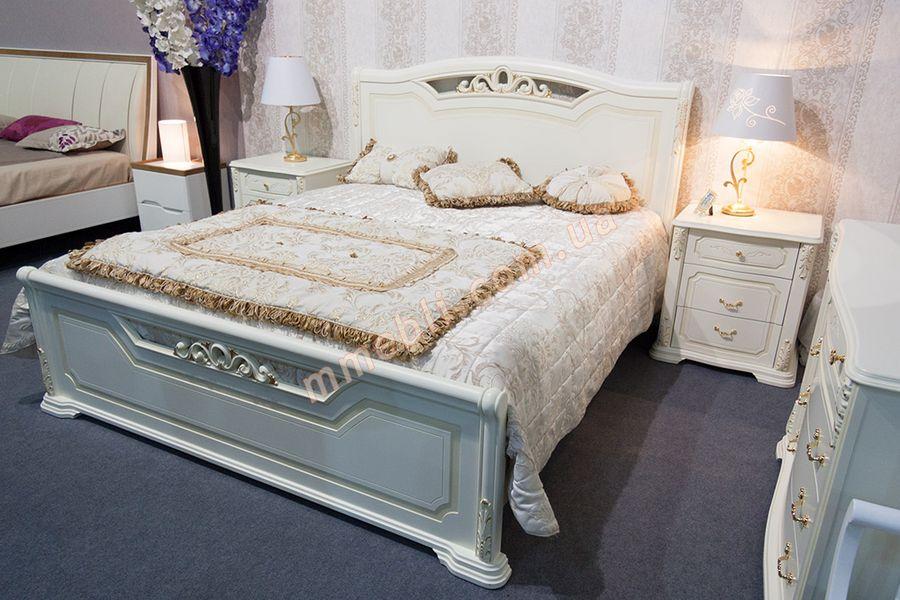 деревянная кровать версаль золото поталь
